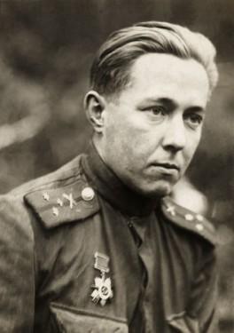 Ст.-лейтенант-Солженицын.-Брянский-фронт.-1943-г.
