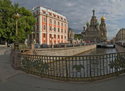 Вид на канал Грибоедова с Театрального моста