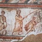 019 Моисей высекает воду из скалы