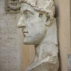 030 Голова колосса императора Константина