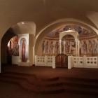 11 Интерьер нижнего храма Федоровского собора. Архимандрит Зинон