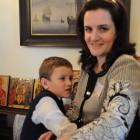 Анна Павлович-Зайцева и ее старший сын Гриша Зайцев