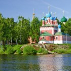 Углич. Церковь Димитрия на крови вид с Волги