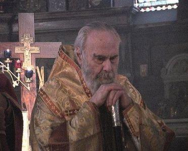 Антоний Сурожский в храме