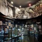 Музей жертв геноцида в Вильнюсе (Литва). Фрагмент экспозиции