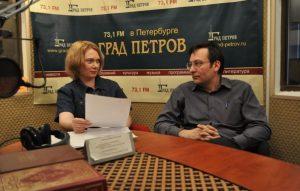 Андрей Рыжков в студии радио Град Петров