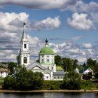 Тверь Свято-Екатерининский женский монастырь в Затверечье на берегу Волги