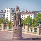 Беларусь Витебск памятник Патриарху Алексию II