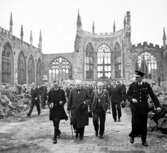 Черчилль в соборе Ковентри