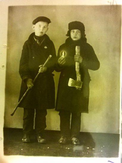 Брем Леонид 13 лет, Борисов Леонид 13 лет. Милицейское фото. 1930-е годы