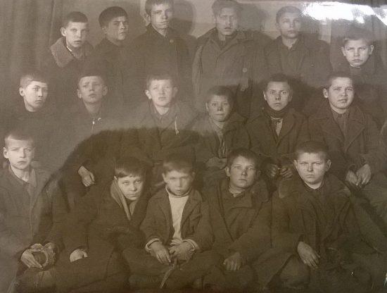 Подростки. Группа задержана милицией в 1934 г.