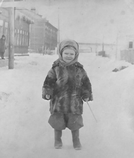 На улице 2-й Луч рядом со Смоляной, 1947 год