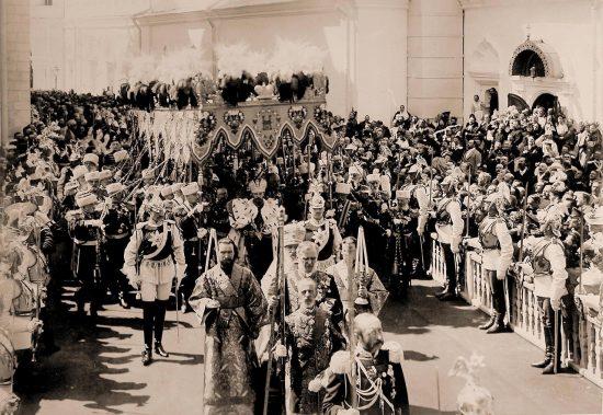 Маннегрейм участвует в коронации Императора Николая Второго