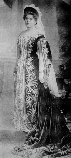 Анна Танеева на придворном балу, 1903 год